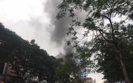 Cháy lớn tại nhà hàng Nét Huế đúng giờ tan tầm, giao thông ùn tắc kéo dài