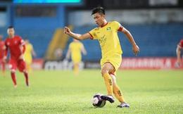 Phan Văn Đức trải lòng khi SLNA rơi xuống cuối bảng xếp hạng V.League