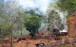 Hai căn cứ không quân Myanmar bị tấn công