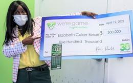 Được tặng vé số dịp sinh nhật, cô gái siêu may mắn trúng ngay độc đắc trị giá hơn 11 tỷ đồng
