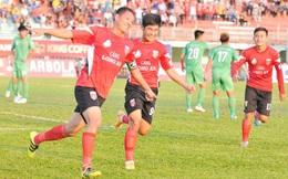 Tiền đạo 35 tuổi làm nức lòng thầy Park; Nam Định vượt qua SLNA trong trận cầu nghẹt thở