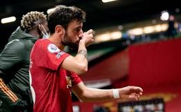 """Man United ngược dòng đầy kịch tính sau đòn """"chí mạng"""" từ người cũ Welbeck"""