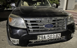 Chặn chiếc xe 7 chỗ biển số Hà Nội ở trạm thu phí, phát hiện trong xe có hơn 220kg ma túy