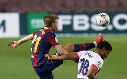 """Messi lập kỷ lục, trọng tài bị nghi """"tiếp tay"""" Barcelona hạ Valladolid"""