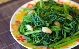 """Lời đồn về rau muống """"hút"""" thuốc trừ sâu và nhiễm kim loại nặng: Ăn lâu dài có gây bệnh không?"""