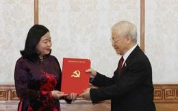 Tổng Bí thư Nguyễn Phú Trọng trao quyết định phân công 2 nữ Trưởng Ban Tổ chức Trung ương và Dân vận Trung ương