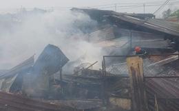 Cháy lớn ở huyện Hóc Môn, TP HCM