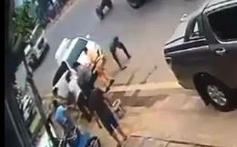 CLIP: Hai CSGT Hòa Bình vật lộn bắt giữ cặp vợ chồng buôn ma túy