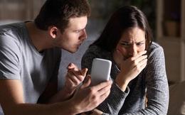 Hướng dẫn con dùng máy tính, người chồng bàng hoàng phát hiện ảnh nóng và nhiều bí mật động trời của vợ