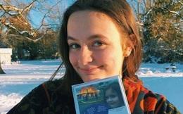 Nữ sinh viên kiếm được nửa triệu USD chỉ nhờ bán 1 bức ảnh thời nhỏ