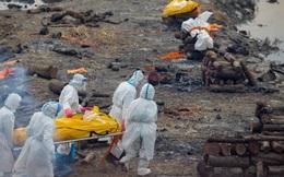 Clip hỏa táng thi thể nạn nhân COVID-19 ở Nepal: Trông chẳng khác gì Ấn Độ!