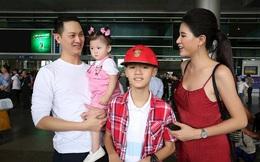"""Đằng sau vẻ ngoài """"dữ dằn"""" của Trang Trần: Âm thầm chăm sóc cậu con trai khuyết tật"""