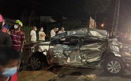 Xe tải chở củi mất thắng tông vào xe con khiến một người phụ nữ tử vong tại chỗ