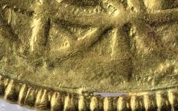 Phát hiện 7 báu vật tế thần bằng vàng nhờ người dò kim loại