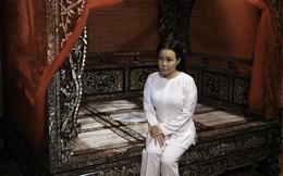 Hoàng Mập đầu tư giường cổ 2,2 tỷ đồng cho Việt Hương đóng phim