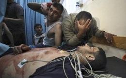 """Nỗi kinh hoàng của người dân mắc kẹt trong xung đột Israel-Hamas: """"Họ đang giả vờ mạnh mẽ"""""""