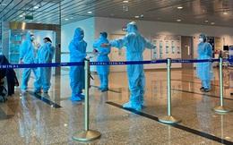 """Nhân viên CDC bị """"chửi bới, dập máy"""" khi truy vết hành khách đi máy bay"""