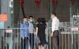 Hà Nội: Xác định 8 F1, tạm đóng cửa nhà hàng Thế giới Hải sản do vợ chồng Giám đốc Hacinco từng đến ăn
