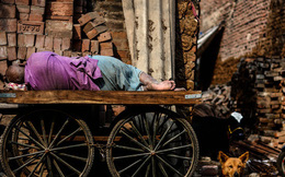 Người trưởng thành không nên tiêu tiền vào 2 nơi này, nếu không nửa đời còn lại sẽ sống trong nghèo khổ thiếu thốn