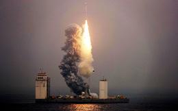 Tên lửa Trung Quốc bay từ biển: Cú ra đòn thâm sâu và pha đáp trả 'ngược đời' của cố vấn tổng thống Mỹ