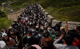 7 ngày qua ảnh: Dân Trung Quốc chen chúc trên Vạn Lý Trường Thành