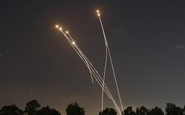 Israel bắn rơi máy bay Iran