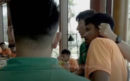 HLV Hàn Quốc mắng té tát, véo tai cầu thủ tuyển Indonesia trong bữa ăn