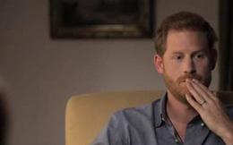 Hoàng tử Harry kích hoạt ''quả bom'' làm rung chuyển Hoàng gia Anh trong bộ phim tài liệu mới: ''Tôi đã bị gia đình bỏ mặc hoàn toàn''