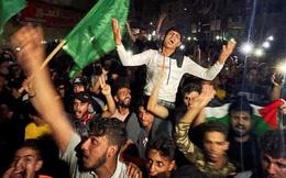 """""""Cảm ơn Chúa"""", người Gaza hô vang sau thỏa thuận đình chiến"""