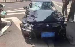 Trung Quốc: Lái xe hơi tông chết 5 người để trả thù đời