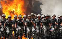 """Trung Quốc mắc kẹt trong bài toán hóc búa: """"Hố đen quân sự"""" trở thành vũng lầy cho Bắc Kinh?"""
