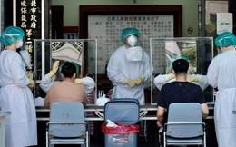 """Trung Quốc sốt sắng ngỏ lời cấp vaccine COVID-19 cho """"đồng bào"""", Đài Loan giận dữ từ chối"""