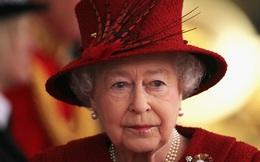 ''Niềm đau'' ở tuổi 95 của Nữ hoàng Elizabeth II: Cả một đời sóng gió, thăng trầm, đến tuổi già vẫn phải đau lòng vì cháu vì chắt