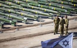 """""""Ống nước, đường và nhựa"""": Vì sao Israel không thể ngăn người Palestine sản xuất rocket?"""