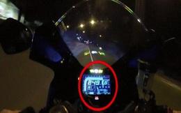 Video: Chạy xe mô tô hơn 250 km/giờ, tài xế gặp tai nạn thảm khốc