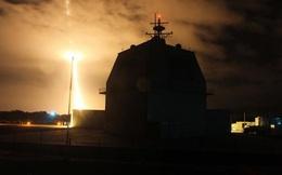 """Tàu trinh sát Nga bất ngờ xuất hiện: Tên lửa Mỹ """"hoảng hồn"""", bắn trượt mục tiêu?"""