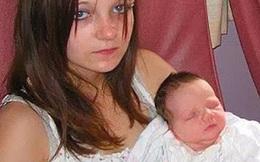 """""""Bà mẹ trẻ nhất nước Anh"""" mang bầu ở tuổi 11 sau khi bị chính anh trai ruột cưỡng bức khiến thế giới chấn động giờ ra sao?"""