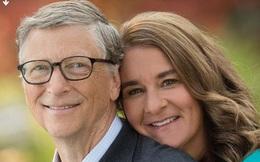 """Vợ chồng Bill Gates ly hôn chỉ ít ngày sau """"tối hậu thư"""" của... ông Biden?"""