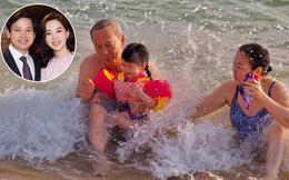 """Bố mẹ chồng quyền lực của Đặng Thu Thảo hiếm hoi 'lên sóng"""", chỉ 1 khoảnh khắc là biết độ cưng chiều cháu nội ra sao"""