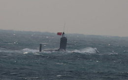 """Tàu ngầm Trung Quốc nguy kịch: Chưa kịp thò đầu ra biển đã bị Mỹ - Nhật """"tóm sống""""!"""