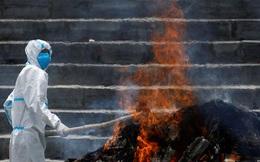 'Hàng xóm' Ấn Độ khẩn thiết kêu gọi viện trợ khi số ca mắc COVID-19 tăng kỷ lục
