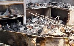 Tạt xăng, đốt nhà người yêu chỉ vì… không nghe điện thoại