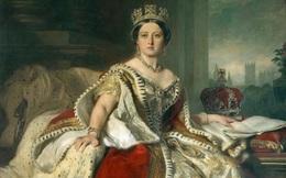 'Đồ cổ' của Nữ hoàng Anh được đem ra bán đấu giá