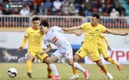 NÓNG: Dịch Covid-19 bùng phát trở lại, vòng 13 V.League tạm hoãn