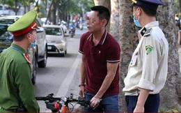 Hà Nội xử phạt hơn 2,5 tỷ đồng với người không đeo khẩu trang