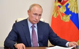 Tổng thống Putin: Vaccine Covid-19 của Nga đáng tin như súng trường AK-47
