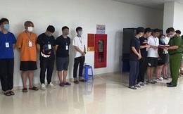 """Thanh niên bị khởi tố vì """"bạn tù"""" nhờ đón, lo chỗ ở cho người Trung Quốc nhập cảnh trái phép ở Sài Gòn"""