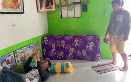 Tiết Cương đến thăm nhà PGĐ Điền Quân Khương Dừa, bị một phụ nữ đuổi mắng