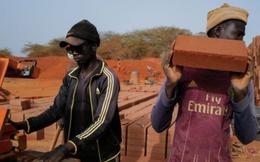 Kỹ thuật xây nhà bằng đất cổ xưa độc đáo ở Senegal