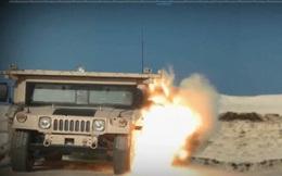 """Nóng: Tên lửa Nga """"xé nát"""" xe bọc thép của Mỹ"""